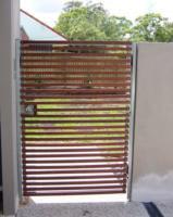 gates fences 018